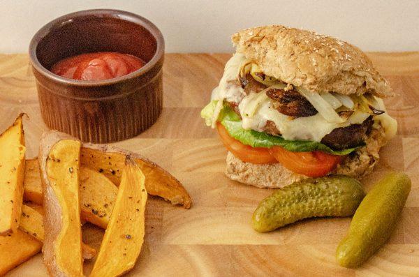 Beef & Onion Burgers (120g/4oz) 1